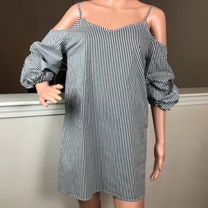 Ambiance, black and white striped top 0087